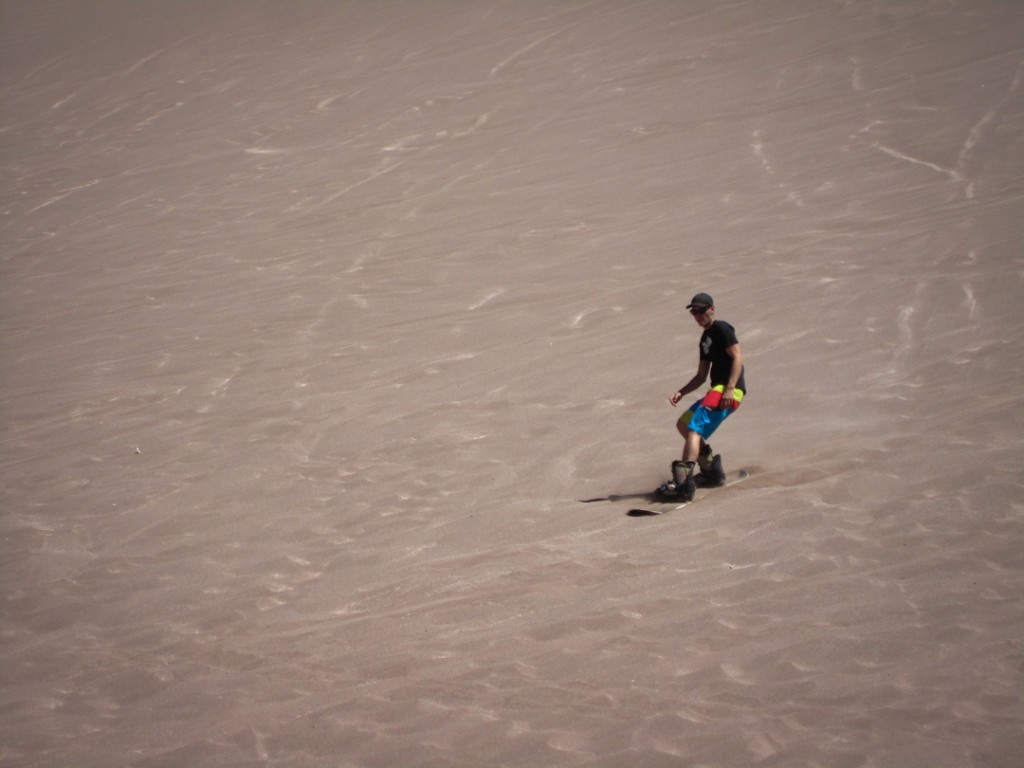 Sandboarden in der Atacama Desert