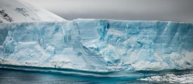 Elephant Island und der Antarctic Sound Channel
